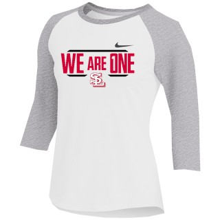 Nike Women's Dry 3/4 Sleeve Raglan Top